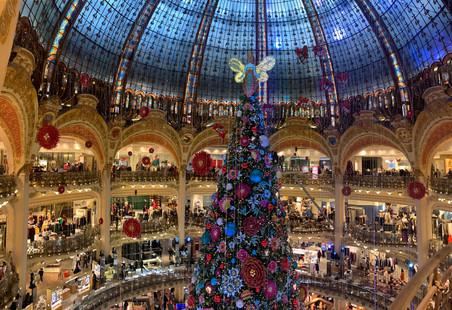 galleries la fayette christmas.jpg