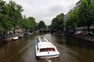 Canal boating in Amsterdam for a dutch summer