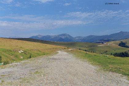 transalpina dirt road.jpg