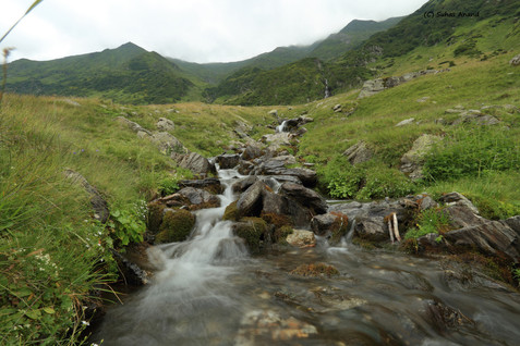 waterfall fagaras mountains.jpg