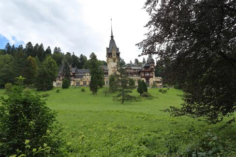 peles castle .jpg