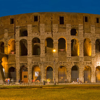 colesseum at night.jpg