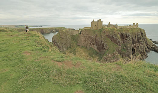 dunnottar low key.jpg