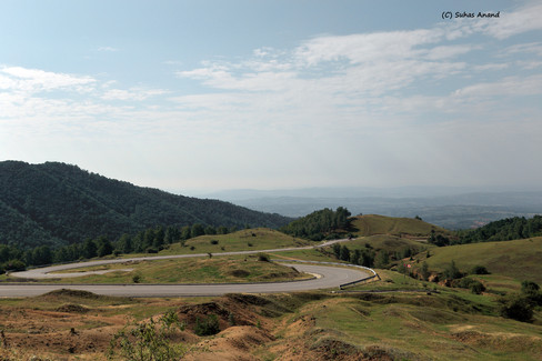 drive to transalpina from novaci.jpg