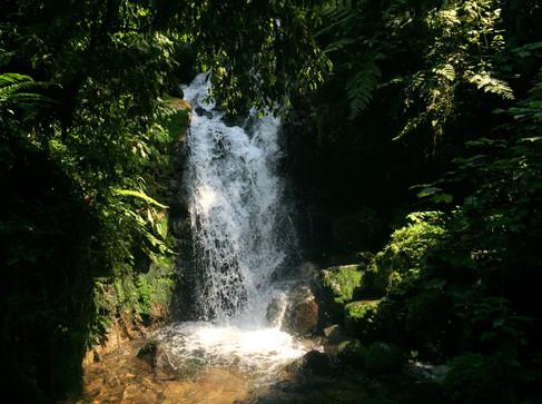 water fall in bwindi uganda.JPG