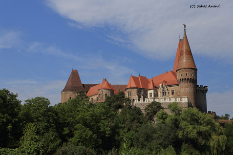 corvin castle behind woods.jpg