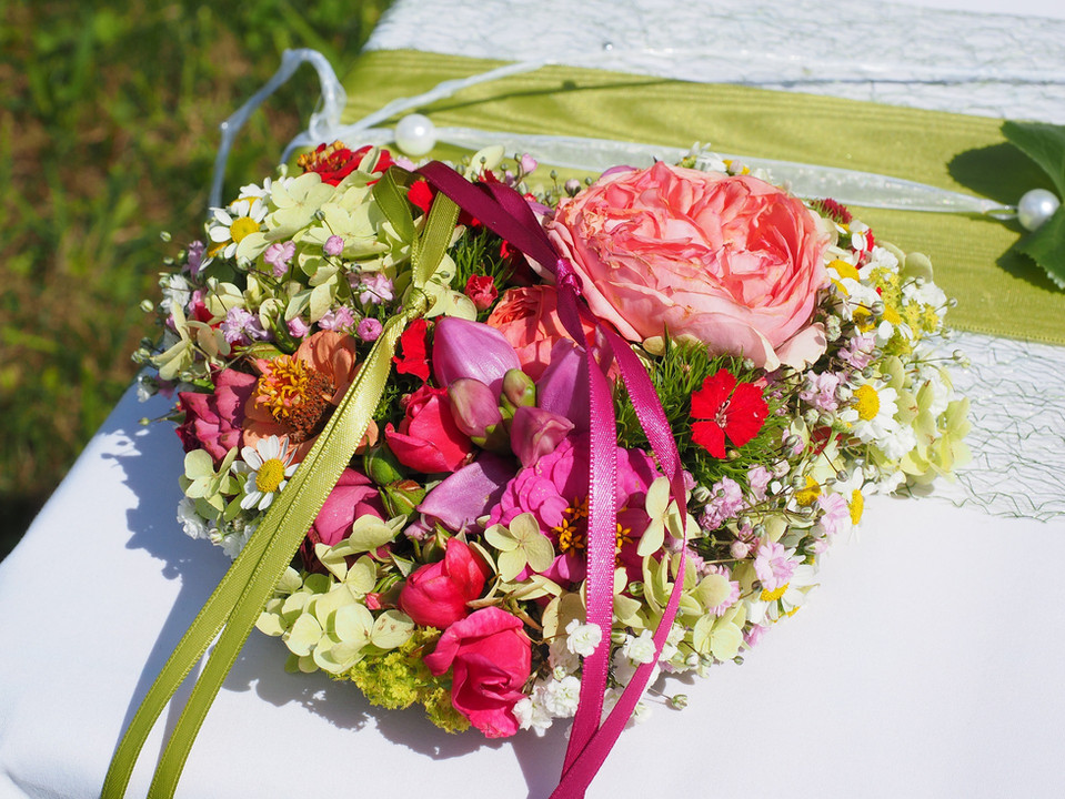 bridal-bouquet-693624_1920.jpg