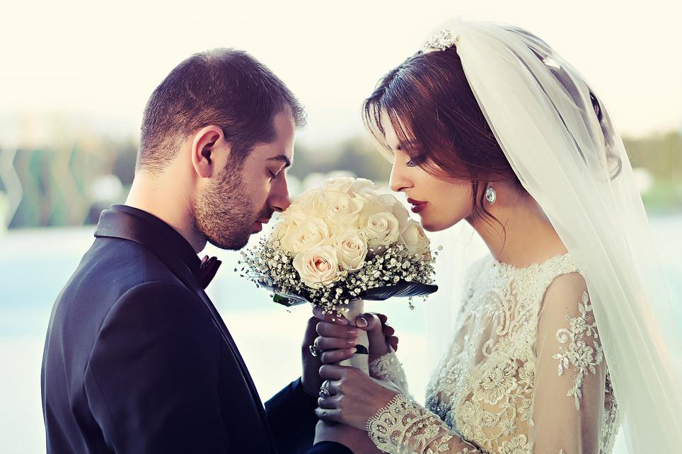 wedding-1255520_1920.jpg