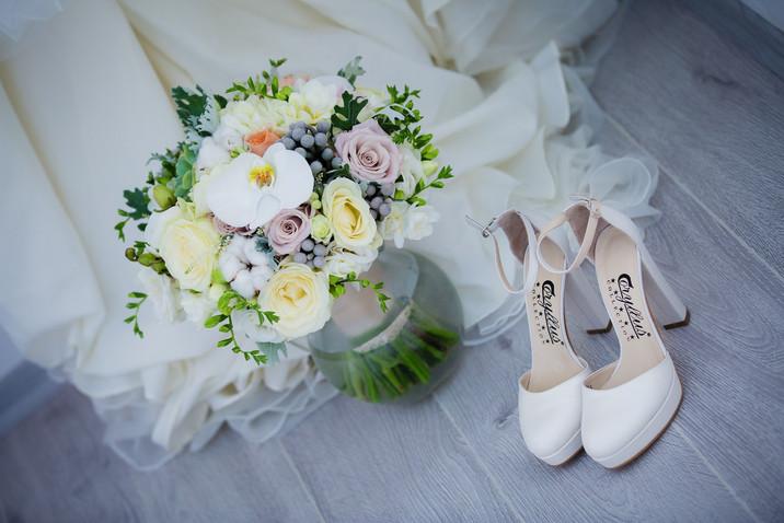 wedding-3081322_1920.jpg