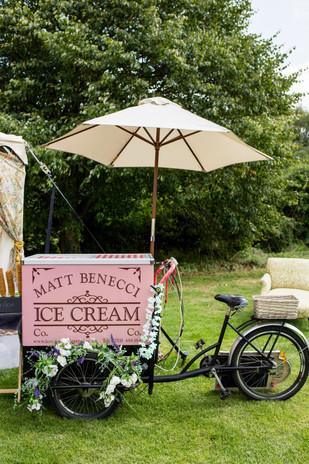 Vintage Ice Cream Cart.JPG