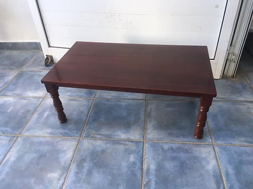 Small coffee table with turned legs