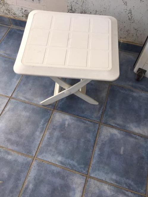 Adjustable plastic table