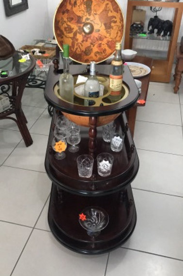 Stunning Mahoghany globe drinks trolley with 2 shelves