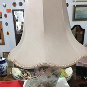 Lovely peach ceramic lamp