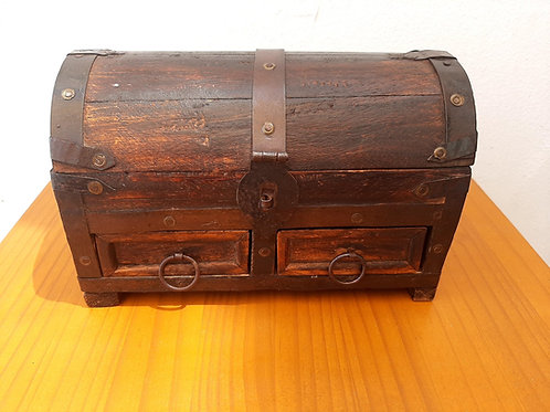 Indian wood small chest