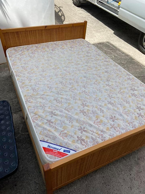 Light wood veneer double bed 4'6""