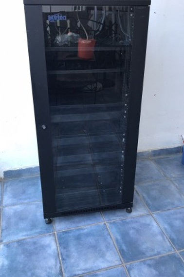 Szeton Server Rack Cabinet - Like New