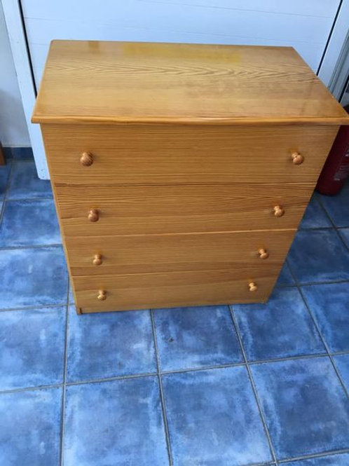 Pine 4 drawer chest if drawers
