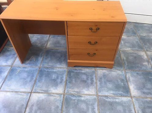 Dressing table 3 drawer
