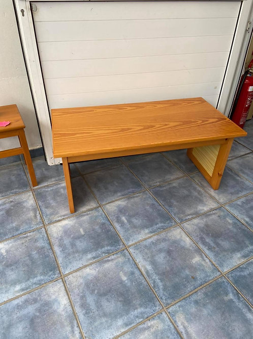 Pine veneer coffee table with weave sides