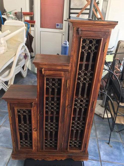Stunning three tier Indian wood and lattice shelving unit 78x25x132h €295