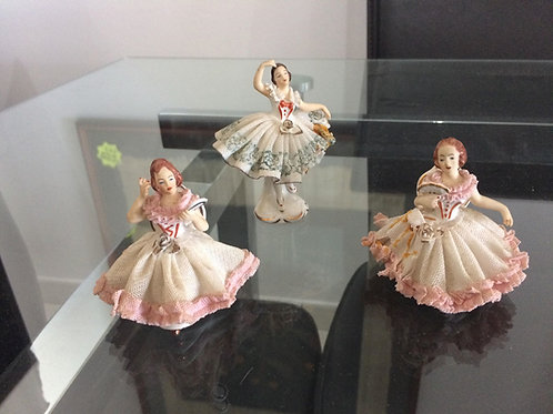Set of three Porcelain figurines