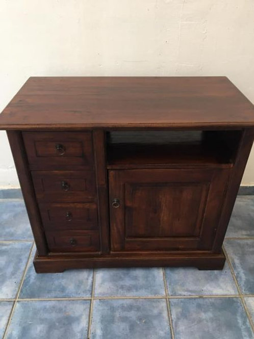 Heavy dark wood unit with 4 drawers and a cupboard