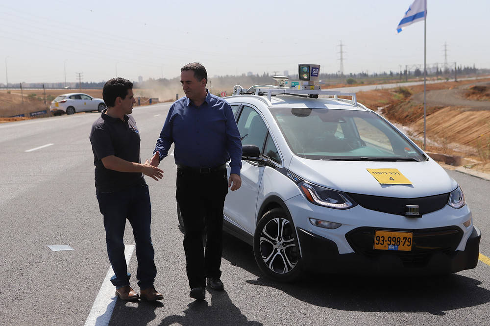 Israeli minister of transportation with BWR's CEO