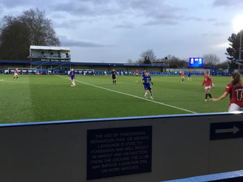 Kirby strike downs Man United and propels Chelsea to top of the WSL after 2-1 win at Kingsmeadow