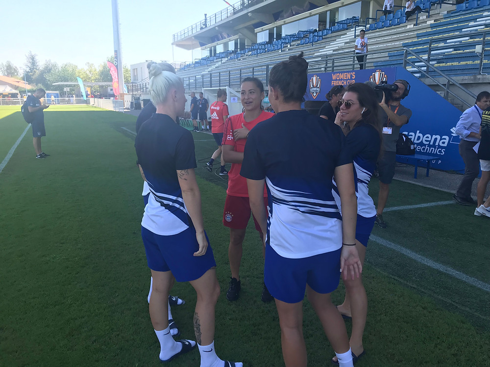 Former Blue Ali Riley now playing for Bayern Munich chats to some of her ex-team-mates Photo by Paul Lagan