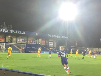 Cuthbert thunderbolt sends Chelsea on their way to 2-0 win over Spurs in Conti Cup