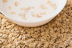 close-up-milk-bowl-healthy-oats.jpg