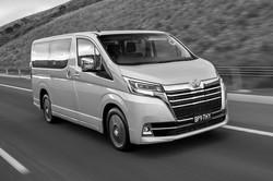 2020-Toyota-Granvia-VX-front-side-action