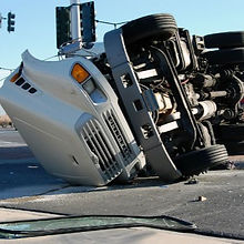 truck-accident-lawyers_edited.jpg