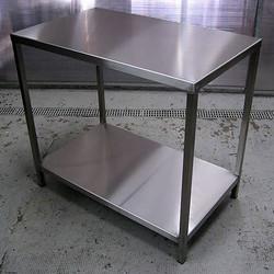 Mesas en acero inoxidable