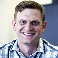 andrew headshot Picture1.png