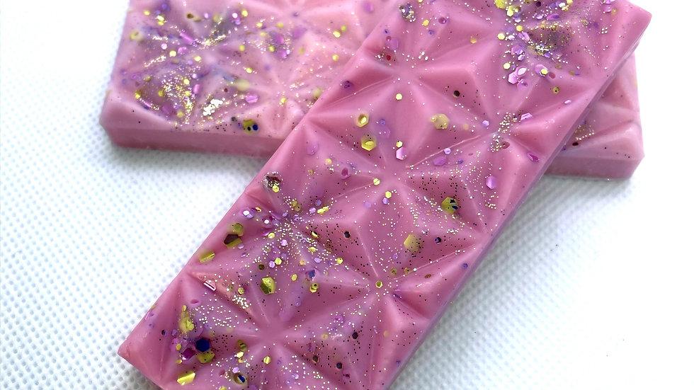 PINK SANDS DIAMOND BAR