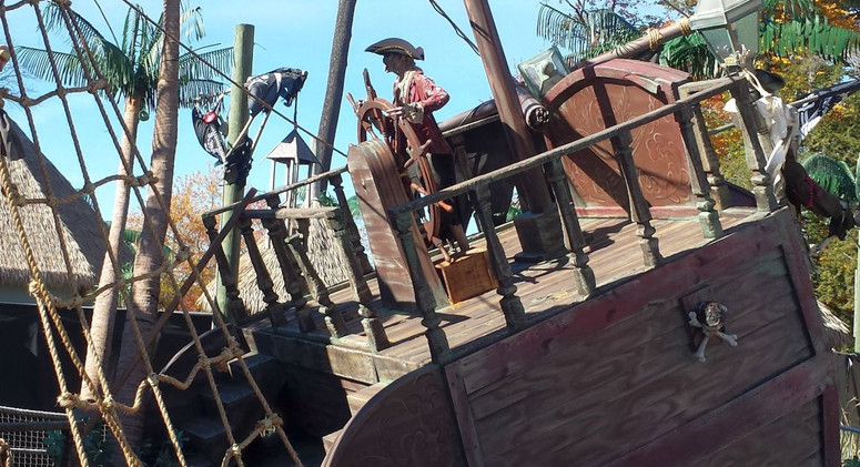 Pirate_Ship_Themeing_20151023.06.jpg