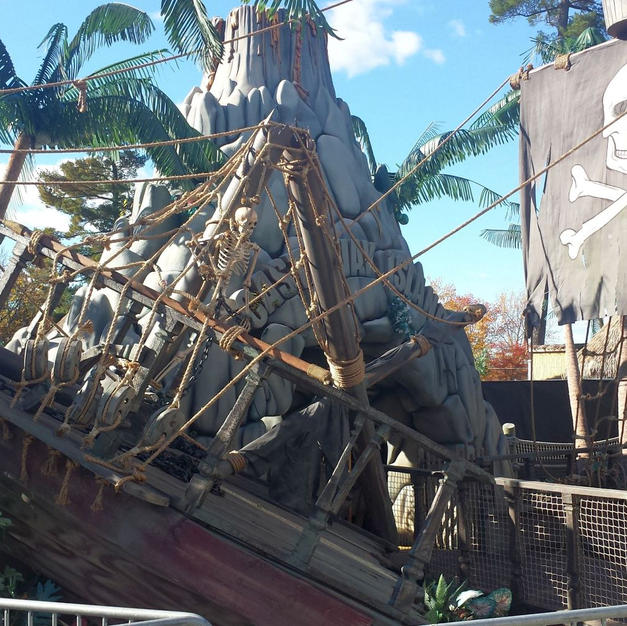 Pirate Ship Theming Canobie Lake Park 20