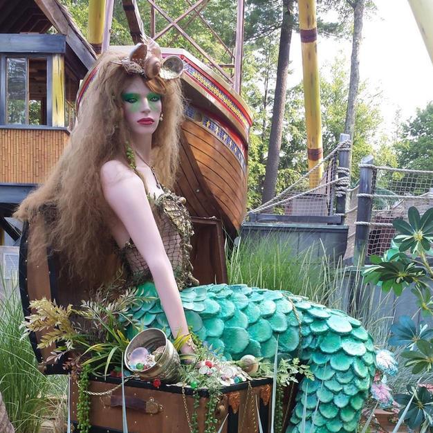 Mermaid on Treasure Chest