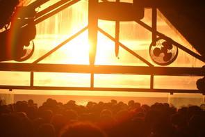 Warung Club, o templo da música eletrônica.