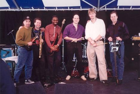 The Arthur Lipner Band: (L-R) Emedin Rivera, Bruce Williamson, Jerome Harris, Arthur, Tommy Igoe, Me