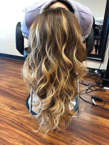 Highlights with subtle curls