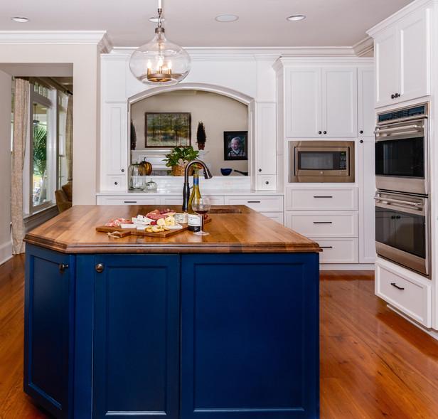 kitchen%20001_edited.jpg
