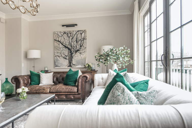 Sophisticated Town Home Living Room Sofa Seating