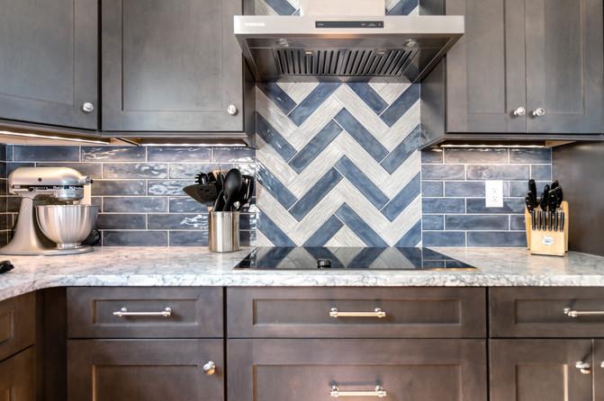 Colorful Kitchen - Stove & Backsplash