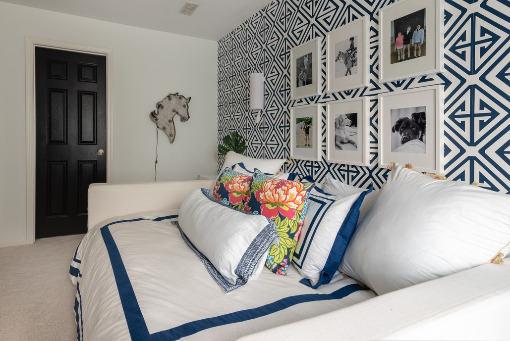 Pretty Prep & Pop Bedroom - Daybed & Gallery Wall Side view