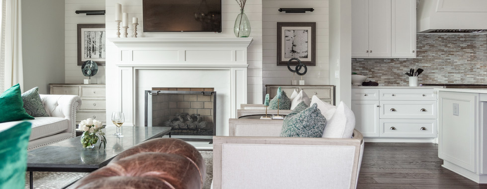 Sophisticated Town Home Living Room Mantel
