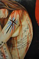 «La couture», Carrie confectionne elle même sa robe de bal avec «un tissu trouvé chez John's à Westover». « La robe lui arrivait presque aux chevilles. Le bas s'évasait en corolle mais la taille était très ajustée, le tissu riche et insolite». Elle était en velours rouge avec des manches bouffantes.  «Poème», Carrie avait remis une courte poésie à l'issue d'une composition en classe de sixième :   Jesus watches from the wall But his face is cold as stone And if he loves me as she tells me Why do i feel so alone ?  traduit par   Au mur, Jésus me regarde Mais son visage est de marbre Mais s'il m'aime comme elle me le dit Pourquoi je me sens si seule ?