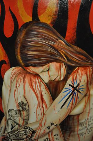 «Croix et rayons bleus», lorsque Margaret apprend que sa fille est devenue une femme, elle l'a gifle et lui donne des coups de pied, une fois à terre. Elle la punit en l'enfermant dans le placard comme d'habitude. A l'intérieur de ce placard «sous une ampoule bleue hideuse allumée en permanence, était accrochée l'interprétation par Derrault du fameux sermon de Jonathan Edwards Les pécheurs aux mains du Dieu en colère...la lampe bleue éclairait l'image d'un immense Jéhovah barbu qui précipitait des multitudes hurlantes d'humains dans les profondeurs enfumées d'un abîme embrasé».